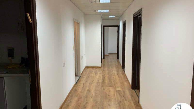 מסדרון במשרד להשכרה בבית קליפורניה תל אביב