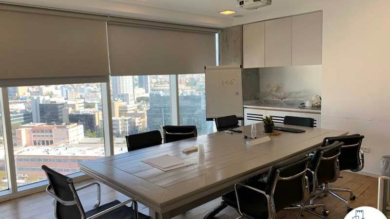 חדר ישיבות במשרד להשכרה באלקטרה סיטי תל אביב