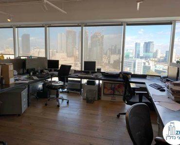 עמדות עבודה במשרד להשכרה באלקטרה סיטי תל אביב