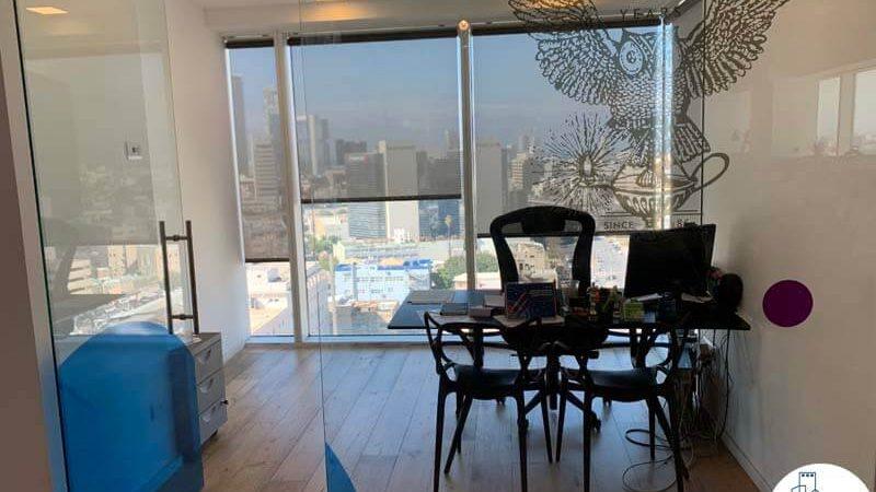 חדר במשרד להשכרה באלקטרה סיטי תל אביב