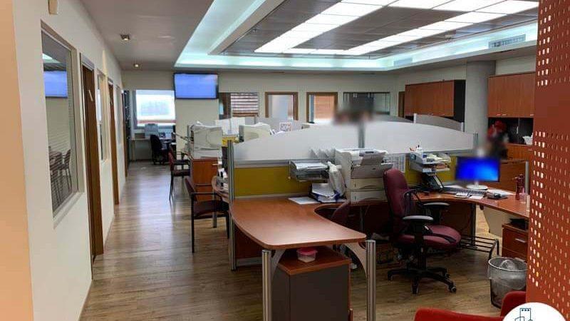 עמדות עבודה במשרד להשכרה ברחוב הרכבת תל אביב