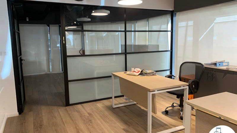חדר ישיבות במשרד להשכרה בציר מנחם בגין תל אביב