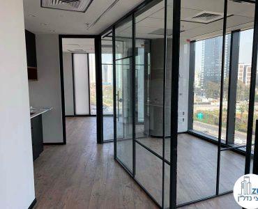 כניסה לחדרים של משרד להשכרה במגדל רסיטל תל אביב