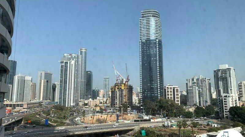 נוף למגדל השחר מתוך משרד להשכרה במגדל רסיטל תל אביב