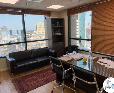 """חדר מנכ""""ל של משרד להשכרה בבית שאפ הבורסה רמת גן"""