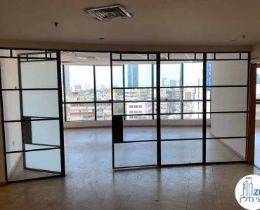 חדר ישיבות של משרד להשכרה בבית שאפ הבורסה רמת גן