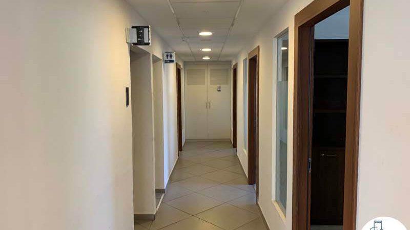 מסדרון של משרד להשכרה במתחם רוטשילד תל אביב