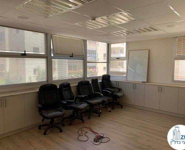 חדר ישיבות של משרד להשכרה במתחם רוטשילד תל אביב