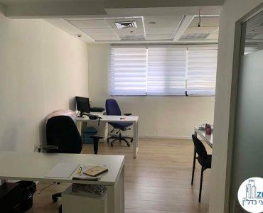 חדר עבודה של משרד להשכרה בנחלת יצחק תל אביב