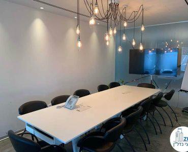 חדר ישיבות של משרד להשכרה במגדל אלקטרה סיטי תל אביב
