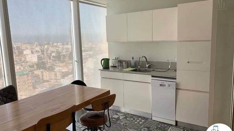 מטבחון של משרד להשכרה במגדל אלקטרה סיטי תל אביב