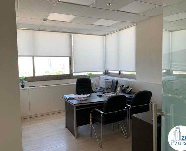 חדר מנהלים של משרד להשכרה בבית כלל תל אביב