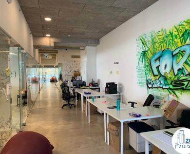 מסדרון של משרד להשכרה בנחלת יצחק תל אביב