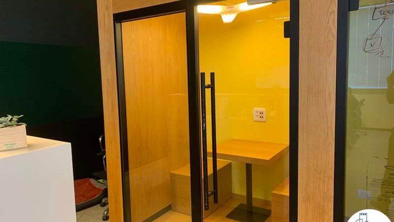 תא פרטי של משרד להשכרה בשכונת נחלת יצחק תל אביב
