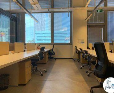 עמדות עבודה של משרד להשכרה בשכונת נחלת יצחק תל אביב