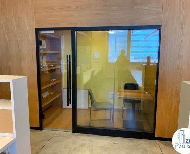 חדר מנהלים של משרד להשכרה בשכונת נחלת יצחק תל אביב