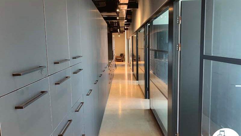 מסדרון של השכרת משרד במגדלי הארבעה תל אביב