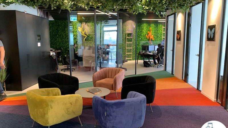 פינת כניסה של משרד להשכרה במגדל אדגר 360 תל אביב