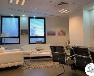 """חדר מנכ""""ל של משרד להשכרה בבית קרדן תל אביב"""