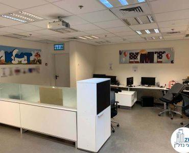 עמדות עבודה של משרד להשכרה בבית קרדן תל אביב