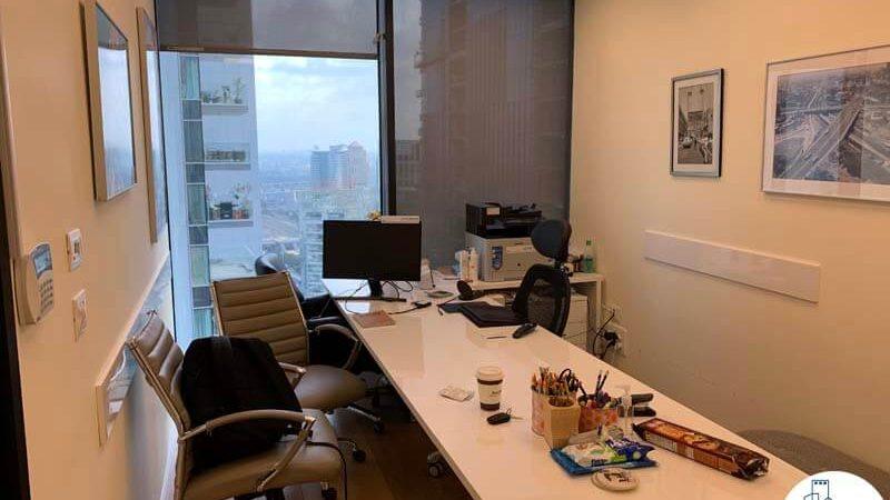 חדר מנהלים של השכרת משרד במגדל מידטאון תל אביב