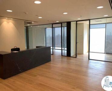 פינת כניסה של השכרת משרד במגדל מידטאון תל אביב