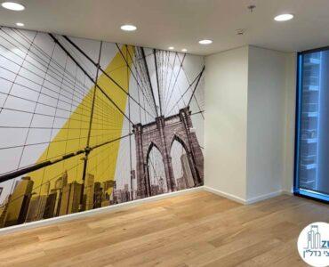 חדר עם קיר מעוצב של השכרת משרד במגדל מידטאון תל אביב