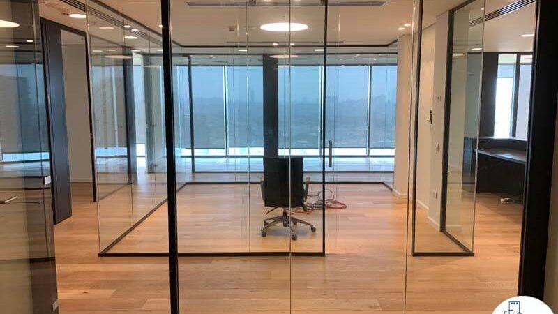 חדר ישיבות של השכרת משרד במגדל מידטאון תל אביב