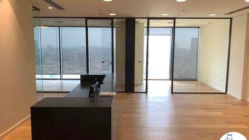 פינת קבלה של השכרת משרד במגדל מידטאון תל אביב