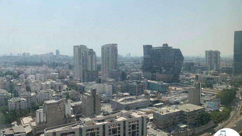 נוף מחלון של השכרת משרד במגדל מידטאון תל אביב