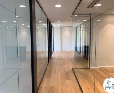 מסדרון של השכרת משרד במגדל מידטאון תל אביב