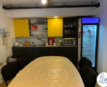 מטבחו של השכרת משרד בשכונת מונטיפיורי תל אביב