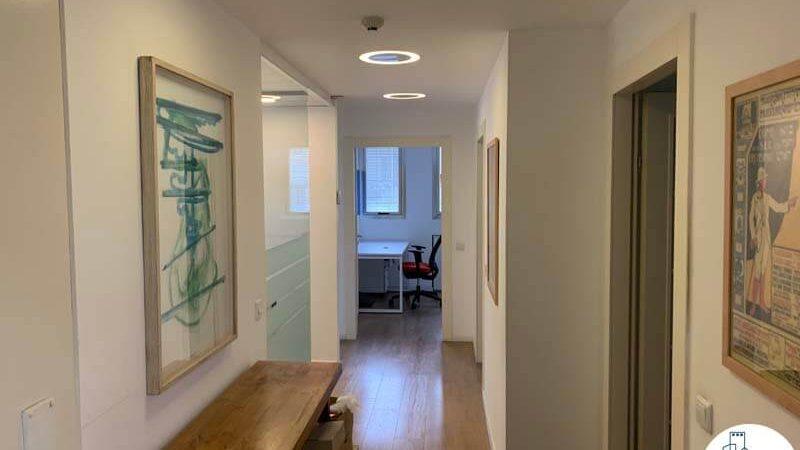 מסדרון של משרד להשכרה בשכונת מונטיפיורי תל אביב