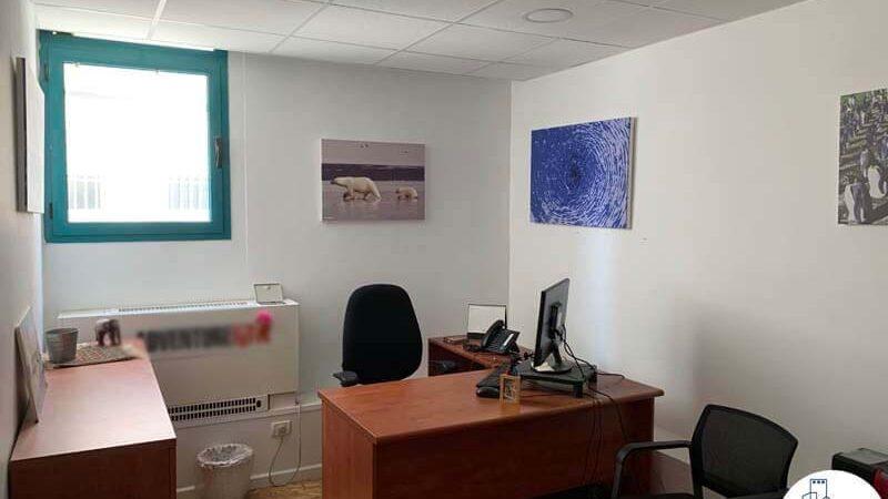 חדר עבודה של השכרת משרד בשכונת מונטיפיורי תל אביב