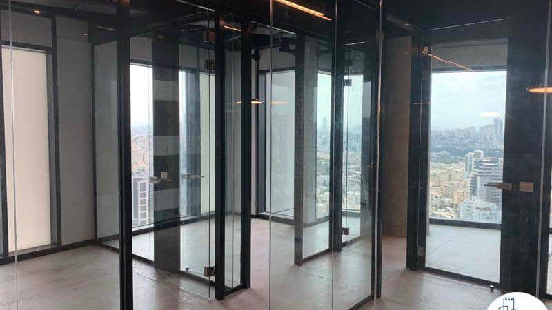 כניסה לחדרים של השכרת משרד במגדל רסיטל תל אביב