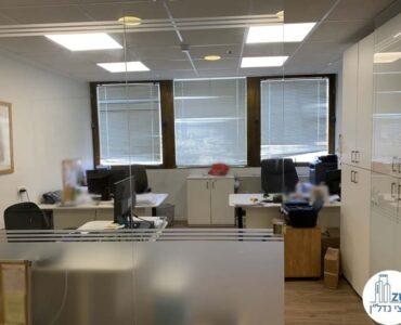 חדר עבודה של משרד להשכרה במגדל כלבו שלום תל אביב