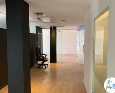 מסדרון של משרד להשכרה ברוטשילד תל אביב
