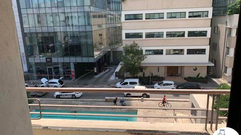 מרפסת של משרד להשכרה ברוטשילד תל אביב