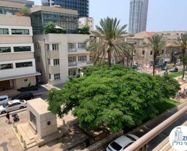 נוף ממרפסת של משרד להשכרה ברוטשילד תל אביב