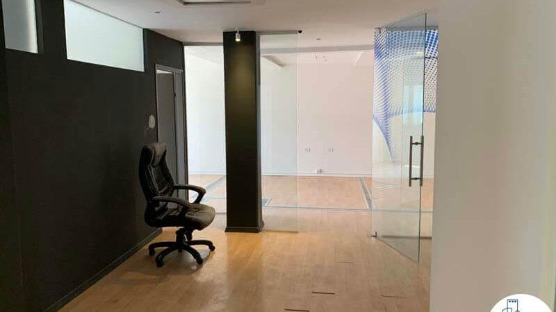 כניסה לחדר של משרד להשכרה ברוטשילד תל אביב