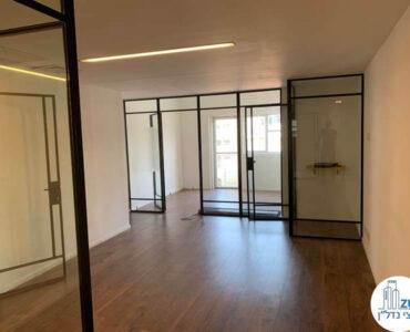 פינת כניסה של משרד להשכרה בשדרות רוטשילד תל אביב