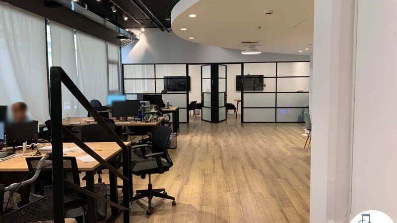אופן ספייס במשרד של לקוחות מרוצים מעסקת תיווך בבית אופקים תל אביב