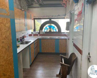 מטבחון של משרד להשכרה במגדלי שקל תל אביב
