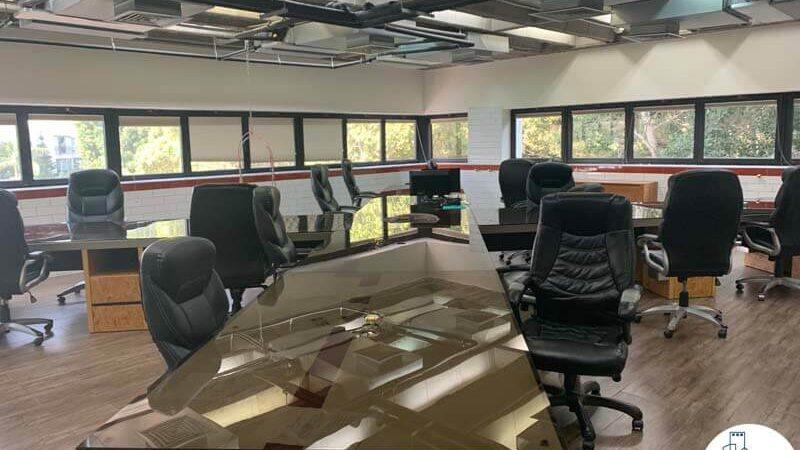 עמדות עבודה של משרד להשכרה במגדלי שקל תל אביב