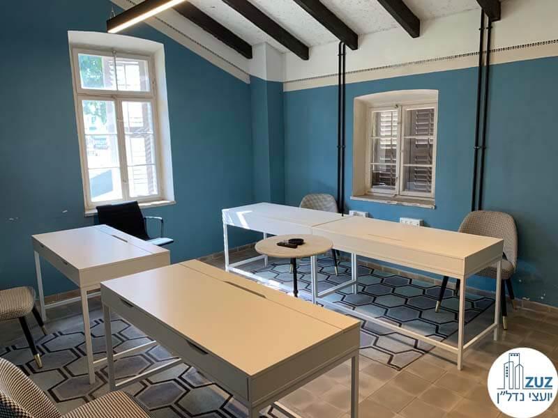 חדר במשרד במבנה טמפלרי בשרונה תל אביב