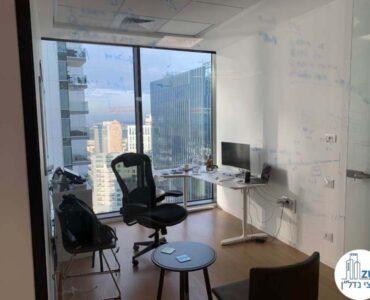 חדר עבודה של משרד להשכרה במגדל מידטאון בתל אביב