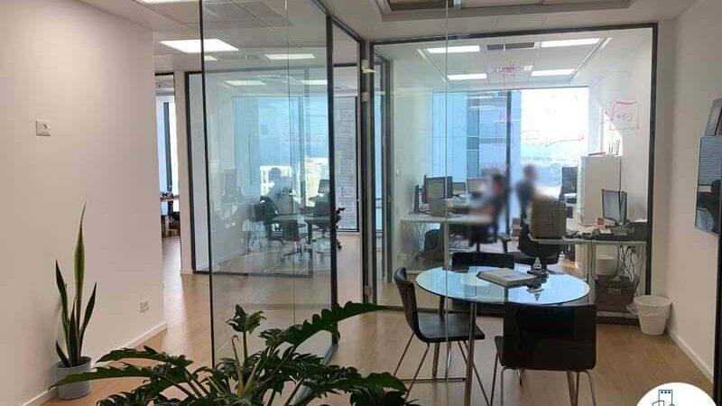 חדר ישיבות של משרד להשכרה במגדל מידטאון בתל אביב