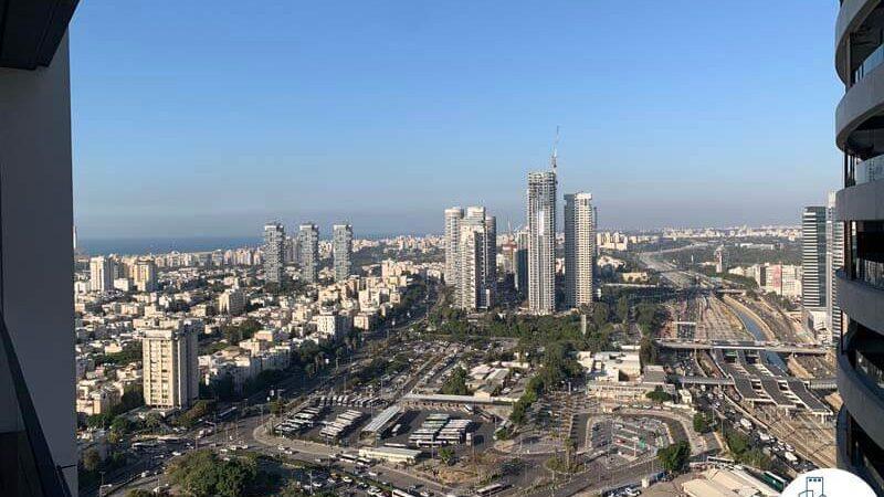 נוף לים ממרפסת של משרד להשכרה במגדל רסיטל תל אביב