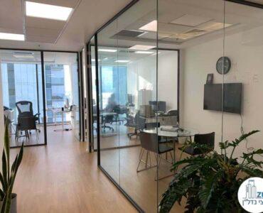 כניסה חדרים של משרד להשכרה במגדל מידטאון בתל אביב