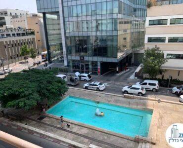 נוף מחלון של משרד להשכרה ברוטשילד תל אביב